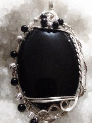 #1 BLACK ONYX.ACCENT BEADS